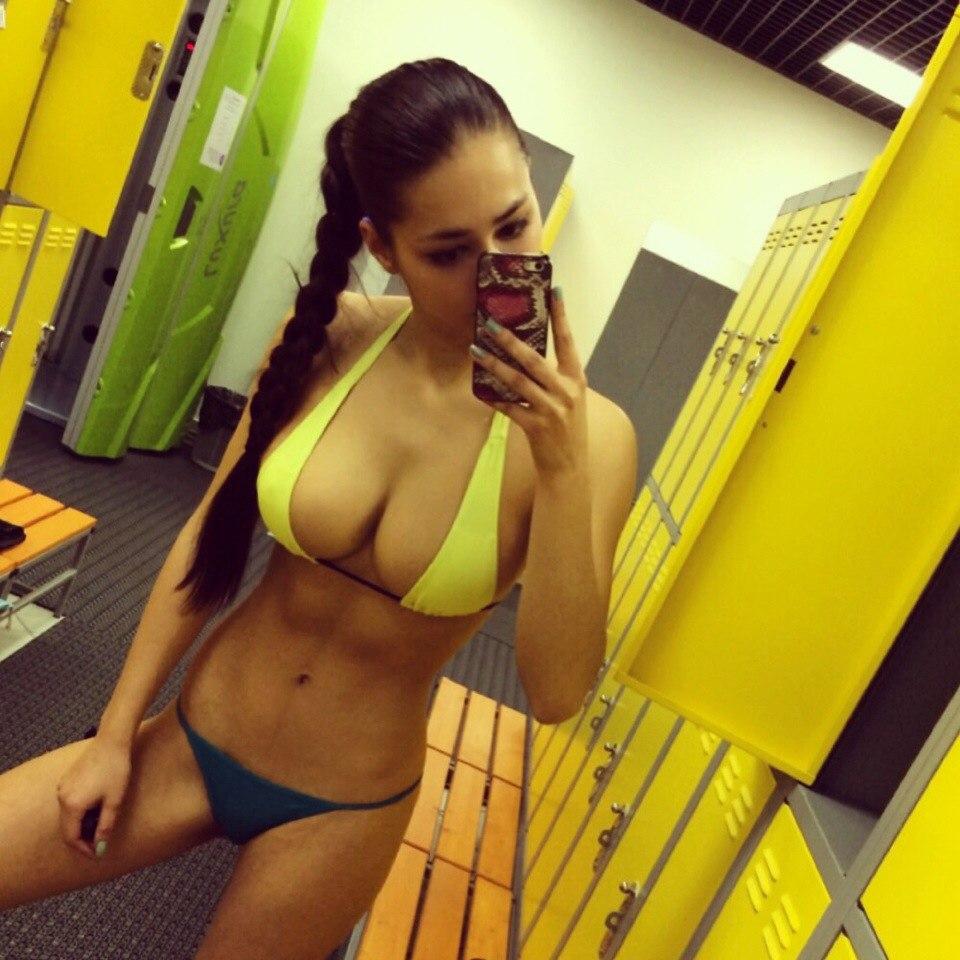 Sexy femme nue webcam en direct gratuitement 125