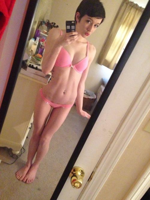 Sexy femme nue webcam en direct gratuitement 151
