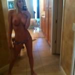 Sexy nue devant sa webcam 182